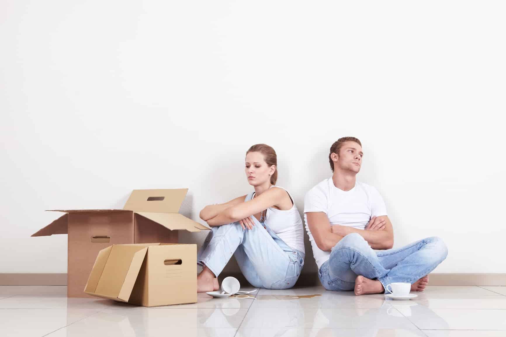 куда развод с женой в одной квартире как себя вести которого