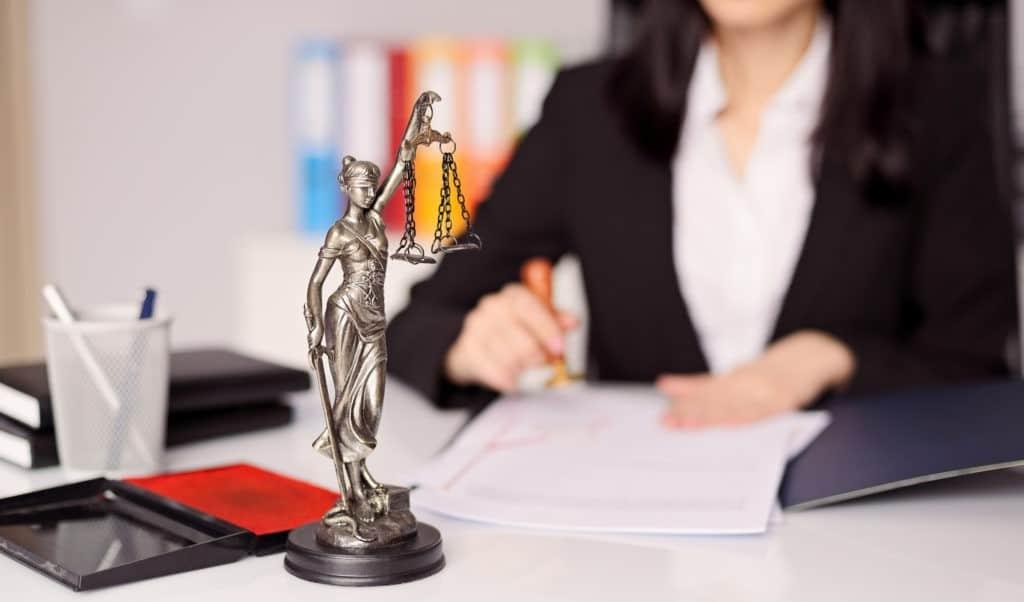 услуги юриста по банкротству физ лиц